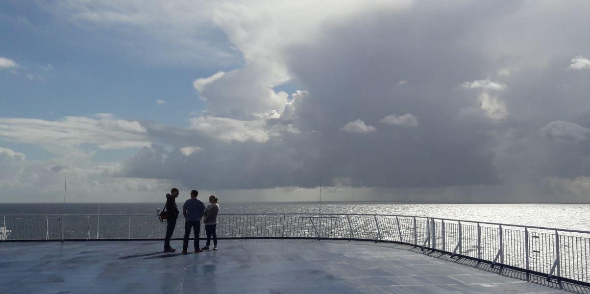 Erster Eindruck vom Festland - dicke Wolken